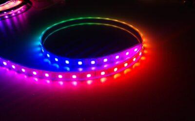 Fita de LEDs RGB endereçáveis WS2812B e a biblioteca fastLED